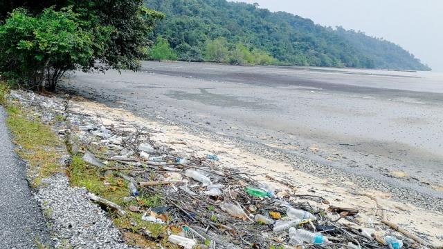 odpad pulau tuba ázia