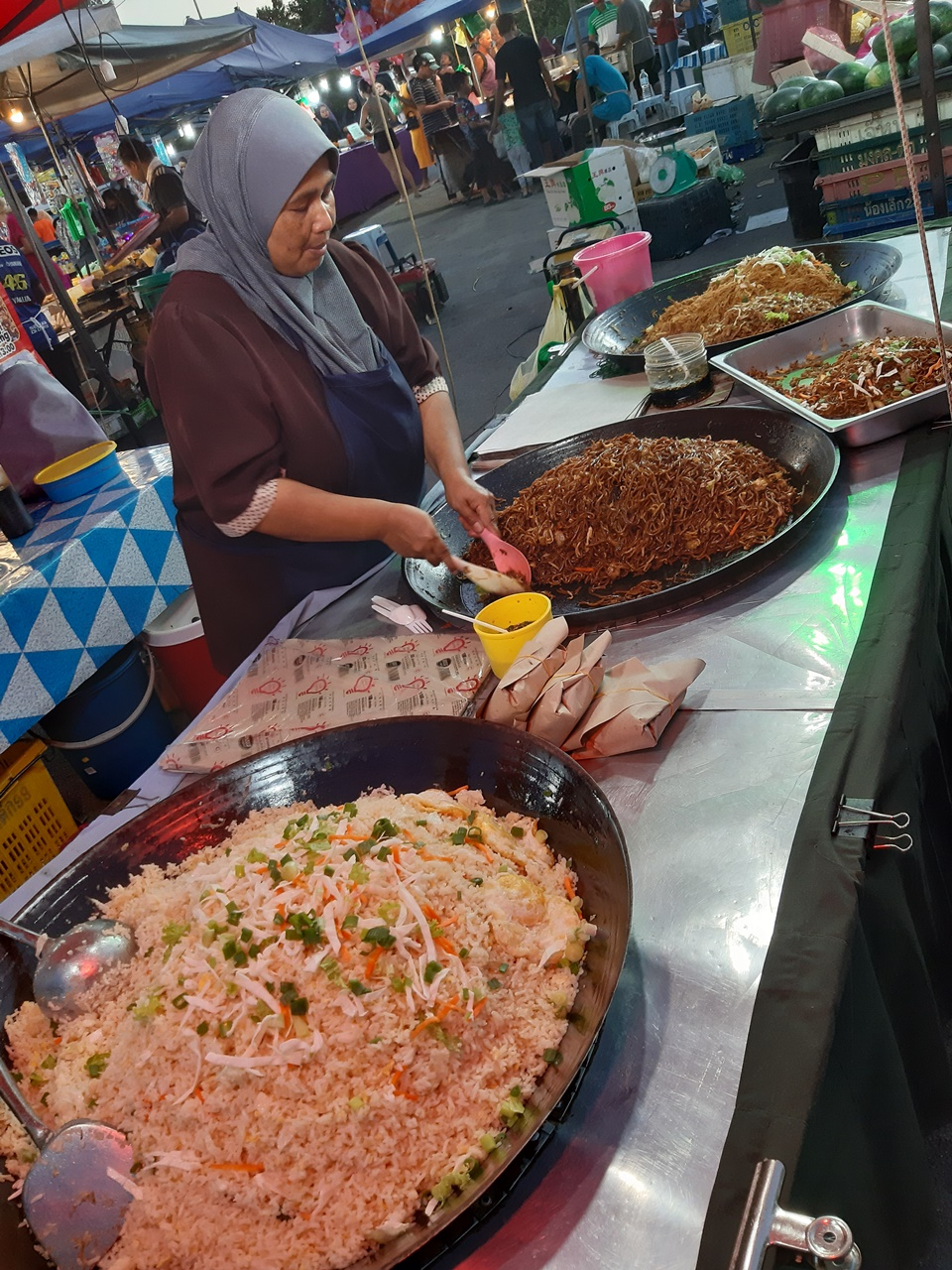 nočné trhy na ostrove langkawi