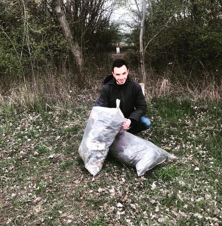 patrizio zbieral odpadky v pečnianskom lese