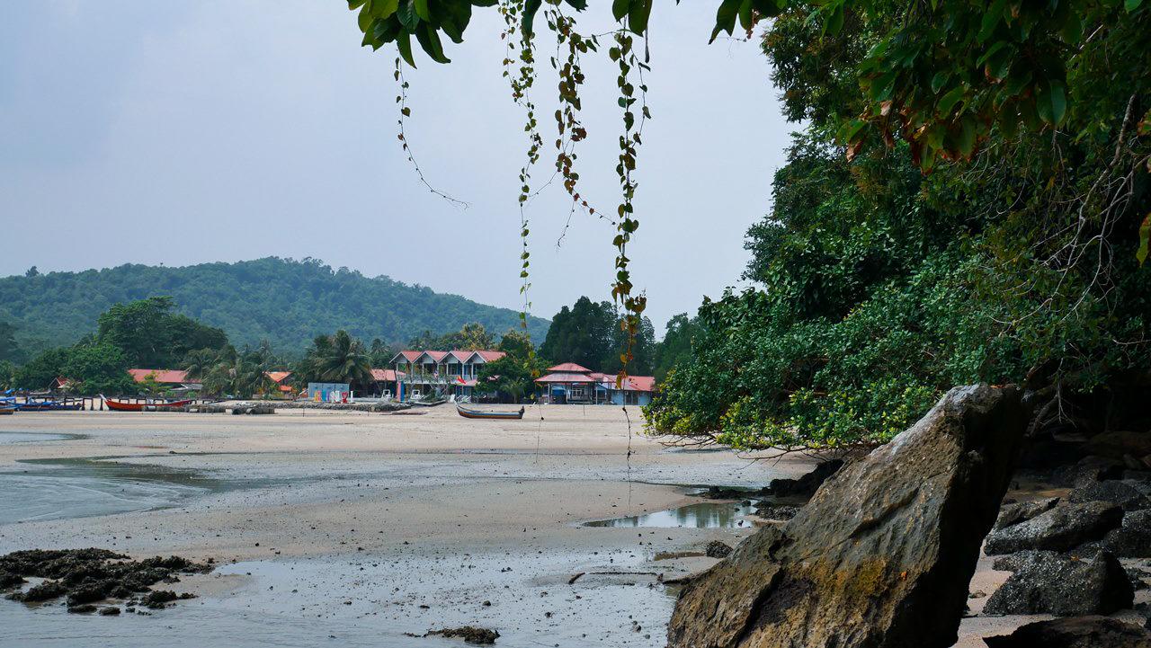 pulau-tuba-plaz-ostrov